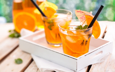 Cocktail mojito à l'orange sans alcool